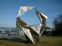 Schwingend von Volkmar Haase - Berlin-Wannsee