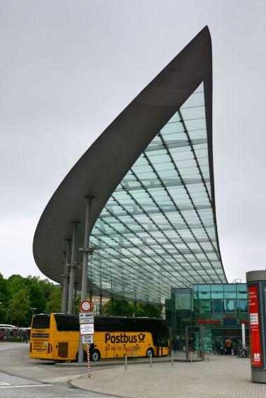 HH-Busbahnhof-bus-04