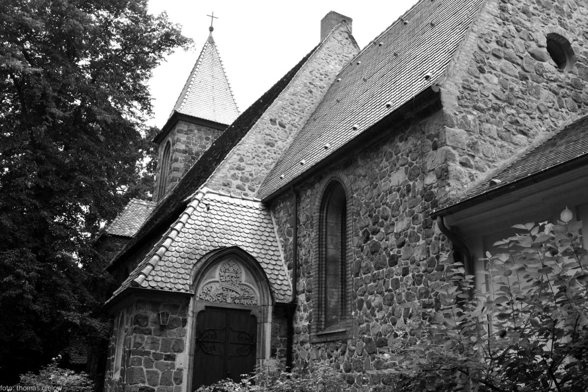feldsteinkirche britz