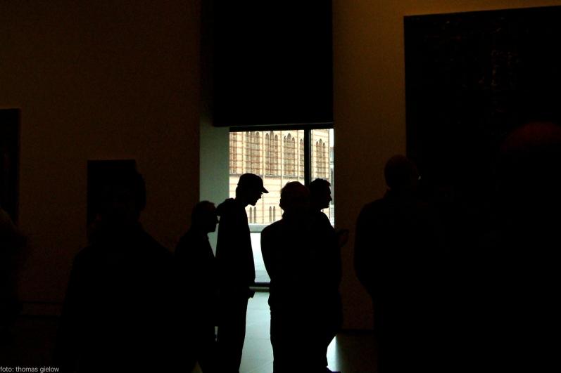 neue nationalgalerie besucher 15