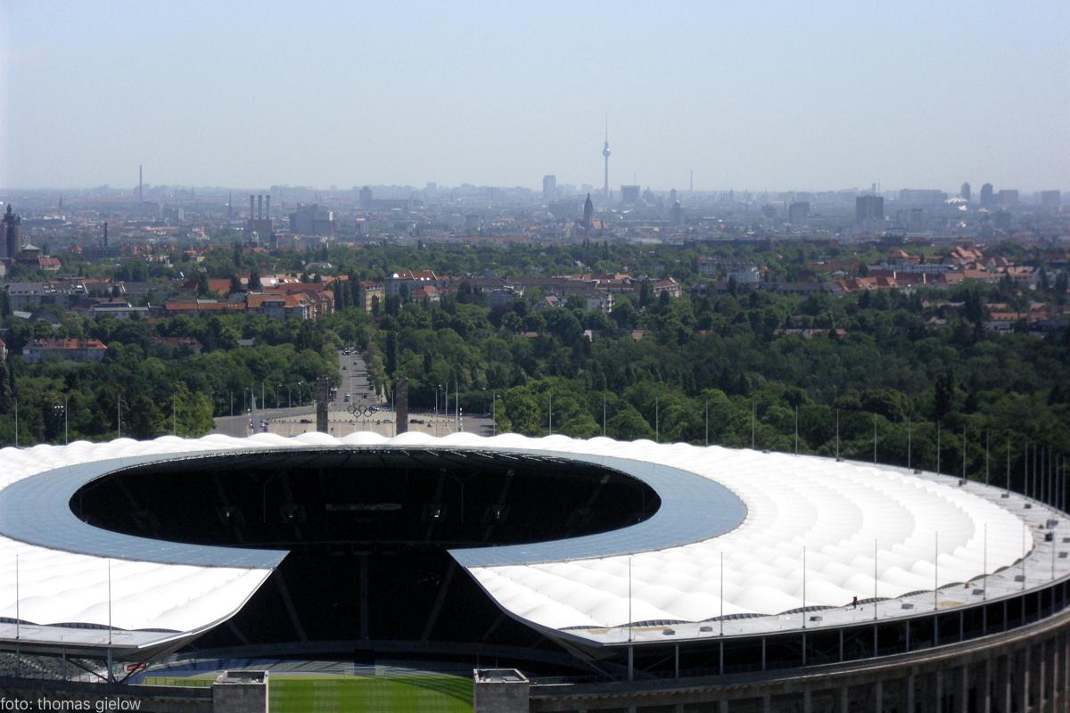Blick über Berlin-Charlottenburg bis zum Fernsehturm