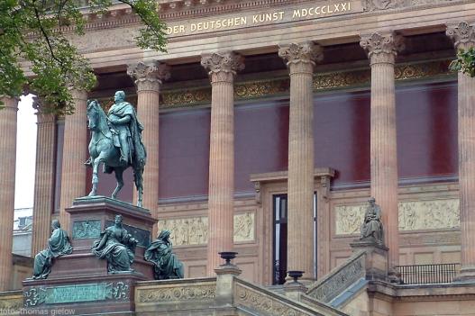Reiterstandbild Friedrich Wilhelms IV. von Preußen - Alte Nationalgalerie