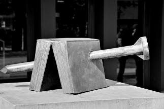 Skulptur für Götz Friedrich - Deutsche Oper