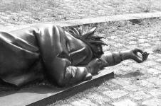 schlafende Punkerin - Ludmila Seefried-Matejková