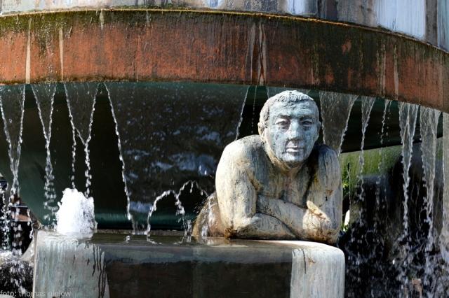 lebensalterbrunnen-wittenbergplatz-01
