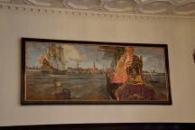 """Bremen-Panorama - Ansicht aus dem 17. Jahrhundert vom Bremer Maler Carl Vinnen (1863-1922), Südwand des Festsaales. Es zeigt den historischen Bremer Hafen direkt vor der Altstadt. Notiz des Künstlers am Bildrand: """"Dieses Bild ist in Tempera, willst Du es ruinieren, empfiehlt es sich wohl, mit Öl zu restaurieren..."""""""