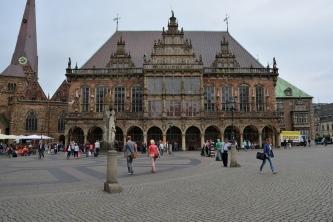Marktplatz mit Rathaus
